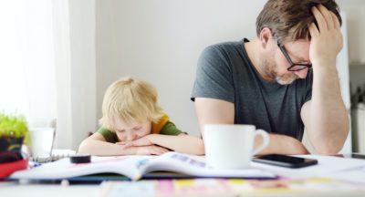 Bankivatyúk és százrétű gyomor, lemezvastagság és a körív sugara… Tényleg szükség van minderre 11 évesen…?